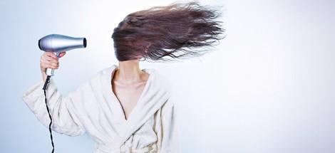 Nemaskujte vlasy pod čiapkou, stačí vhodná starostlivosť